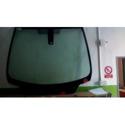 Čelní sklo Peugeot 307 - zelené s pruhem  + kulatý dešťový senzor